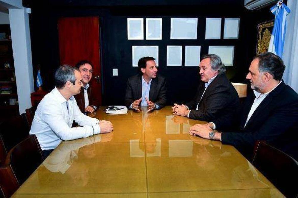 Sujarchuk se reunió con De la Torre, Curutchet y empresas telefónicas