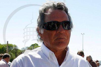 """Barrionuevo pidió que los empresarios """"no lloren"""" y """"paguen el bono"""""""