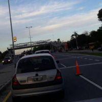 Hubo marcha lenta en la autov�a hacia Alta Gracia: vecinos protestaron por la basura