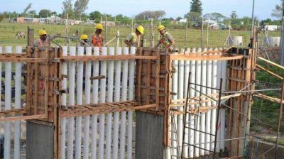 El gobierno avanza en obras para protecci�n ante las inundaciones
