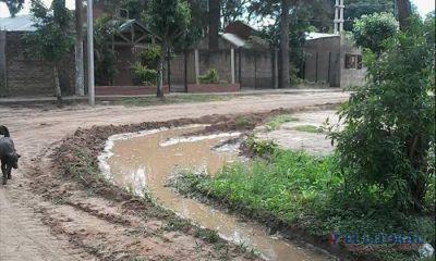 Vecinos solicitan nuevos arreglos de calles de tierra y desag�es