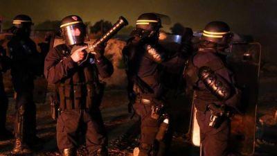 Bajo tensiones , Francia se prepara para cerrar su mayor campo de refugiados