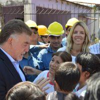 Domingo Amaya puso en marcha obras de urbanizaci�n en San Miguel de Tucum�n