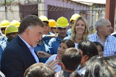 Domingo Amaya puso en marcha obras de urbanización en San Miguel de Tucumán