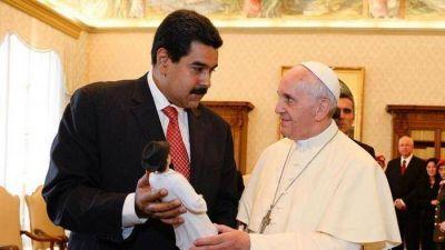 Francisco recibe a Maduro, �tiene a todos los venezolanos en el coraz�n�