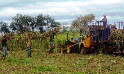 """San Javier: obreros del Ingenio Azucarero reclaman deudas impagas del IFAI, """"el paro no se levanta"""""""