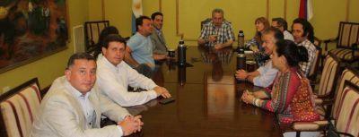 Passalacqua recibió planteos de legisladores opositores y dirigentes