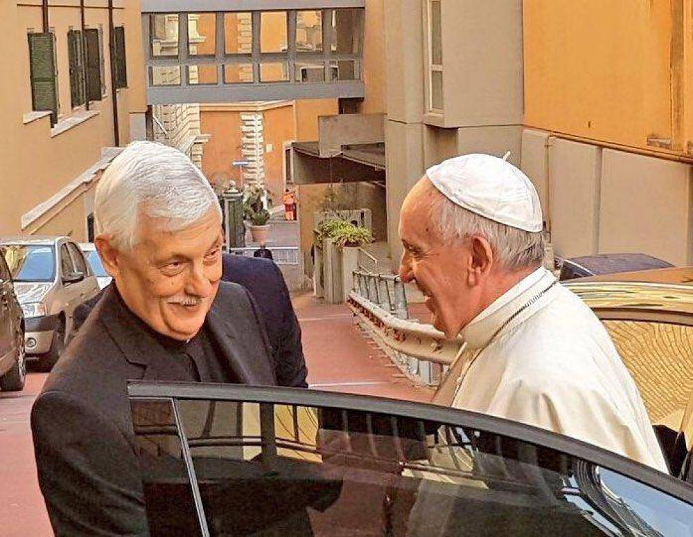 El Papa visita a los jesuitas: más fervor para estar cerca de quien sufre
