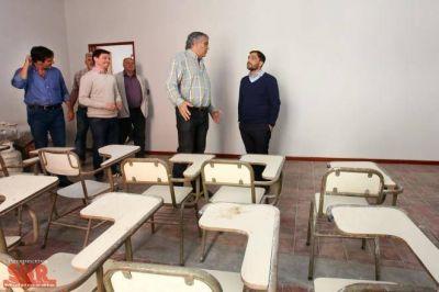 Mussi y Mario Lozano en una nueva sede de la UNQ en Berazategui