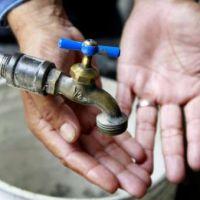 En San Antonio de los Cobres, los vecinos est�n sin agua desde el viernes