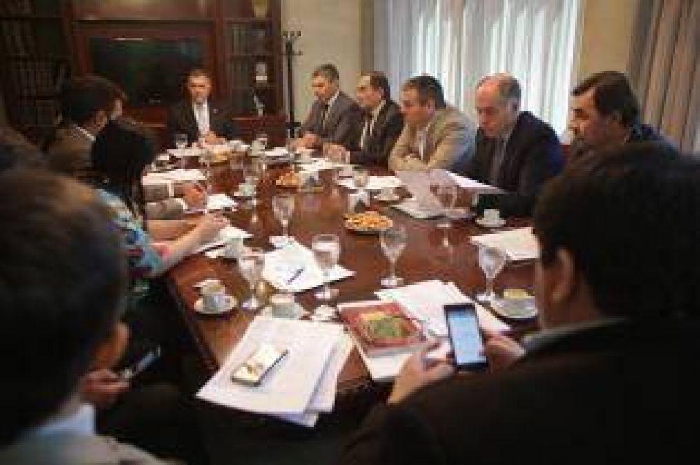 Jaldo avisó que presidirá la reforma política
