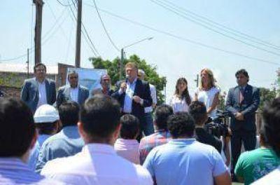 Amaya lanzó obras y criticó a la Provincia