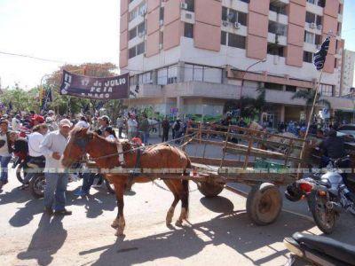"""Movimientos sociales preparan un gran """"piquetazo"""" en la ciudad y en las rutas"""