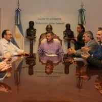 Peppo acord� el inicio de obras de la defensa de San Pedro Pescador