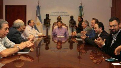 Peppo acordó el inicio de obras de la defensa de San Pedro Pescador