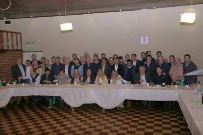 Cumbre de intendentes peronistas bonaerenses para unificar criterios