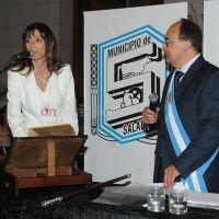 Renuncio Ver�nica Olarticoechea, Directora de Microemprendimiento