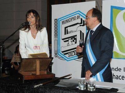 Renuncio Verónica Olarticoechea, Directora de Microemprendimiento