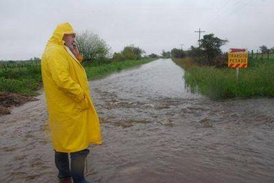 Por las inundaciones, el gobernador pidió la emergencia a Nación