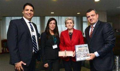 Israel entregó a Directora de UNESCO la petición firmada por miles en todo el mundo