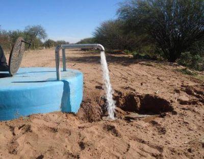 Recambio de línea en acueducto Nogolí