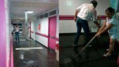 Se inundó un pasillo del Centro de Salud al colapsar un sistema de desagüe