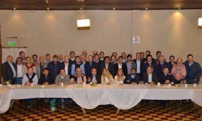 A un año de la derrota, los intendentes peronistas lograron la foto de unidad