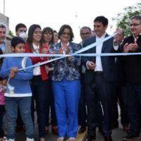 Corpacci inaugur� obras de asfalto e iluminaci�n en FME