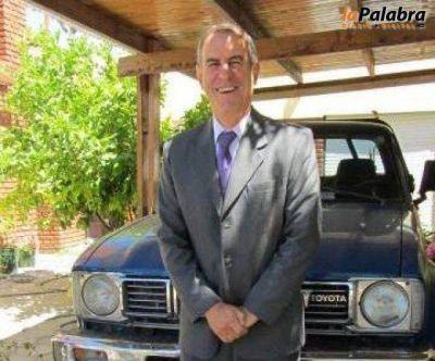 La nueva comisi�n de la UCR anuncia la visita del diputado Ricardo Alfons�n para el 31 de octubre