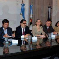 NACI�N Y MUNICIPIOS FIRMAN CONVENIO DE COOPERACI�N