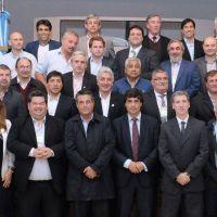 Reyes y otros intendentes se reunieron con el ministro de Econom�a provincial