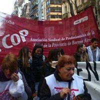 M�dicos del Penna iniciaron paro de 72 horas: Los profesionales del Municipal no adhirieron