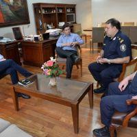 El intendente recibi� a los responsables de la Direcci�n Departamental de Investigaciones