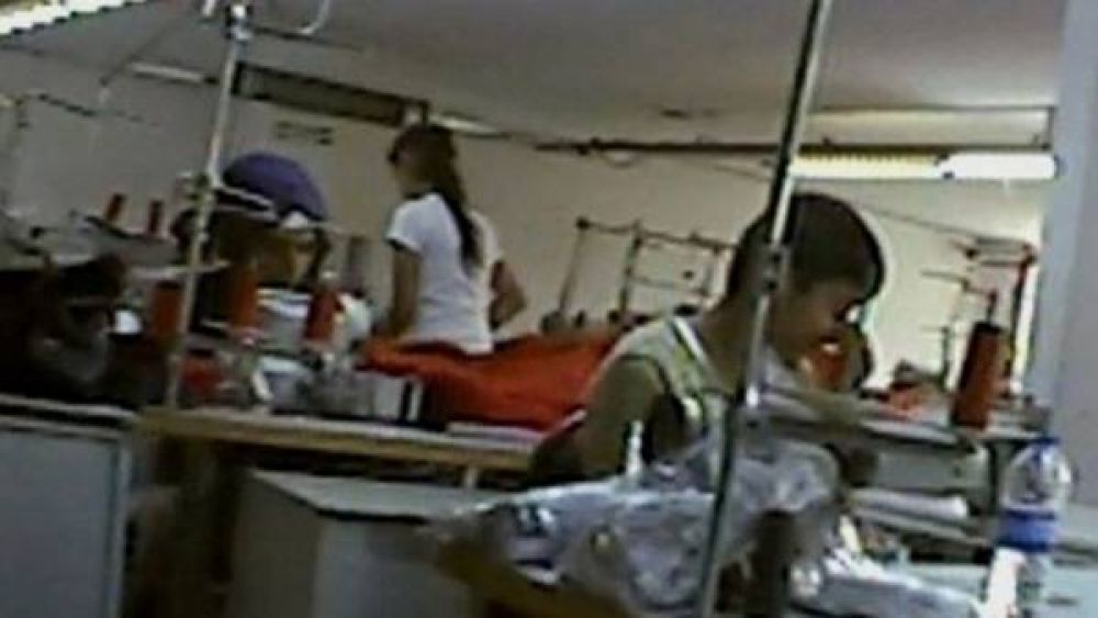 Niños refugiados sirios, explotados por grandes marcas de ropa europeas