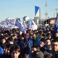 Metal�rgicos, junto a gremios y pol�ticos, marchan hoy en R�o Grande