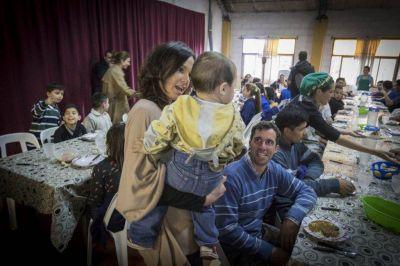 Awada y Stanley visitaron un comedor infantil en Mar del Plata