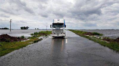 Rutas amenazadas y arriesgadas evacuaciones de hacienda en Villegas