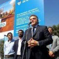 Amaya pact� obras de agua y cloacas con 15 delegados comunales