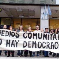 Medios comunitarios denuncian que el ENACOM busca �limpiarlos� para favorecer a las grandes empresas