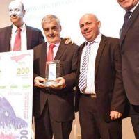 Das Neves y Sturzenegger presentaron  el nuevo billete de 200 pesos