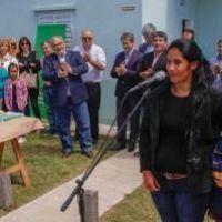 Colombi inaugur� 50 viviendas y pavimentaci�n de calles en Esquina