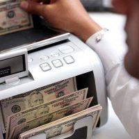 Paradoja: �xito del blanqueo derrumb� reservas en USD 1.030 millones
