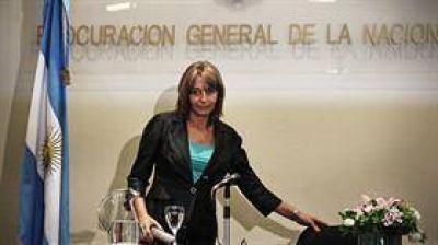 El oficialismo ahora descarta un juicio político a Gils Carbó