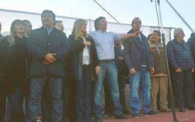 Con críticas al oficialismo, Máximo homenajeó a Néstor Kirchner