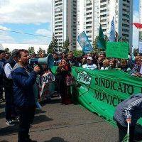 Represi�n y heridos en protesta de municipales en Avellaneda