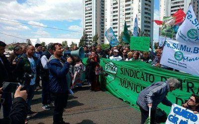 Represión y heridos en protesta de municipales en Avellaneda