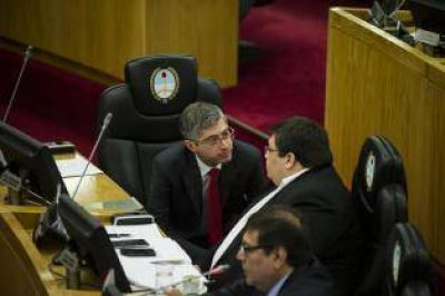 Los aliados de Alfaro rechazan la comisión de reforma política