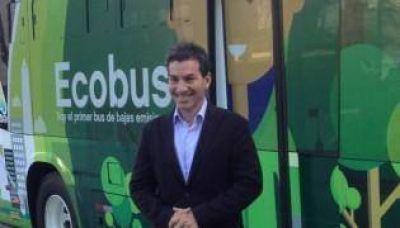 Andy Freire presentó el nuevo Bus Híbrido con fines turísticos