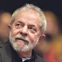 Lula cumple a�os y lidera las encuestas