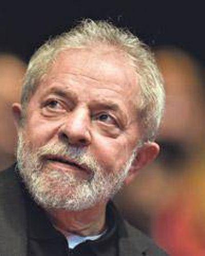 Lula cumple años y lidera las encuestas